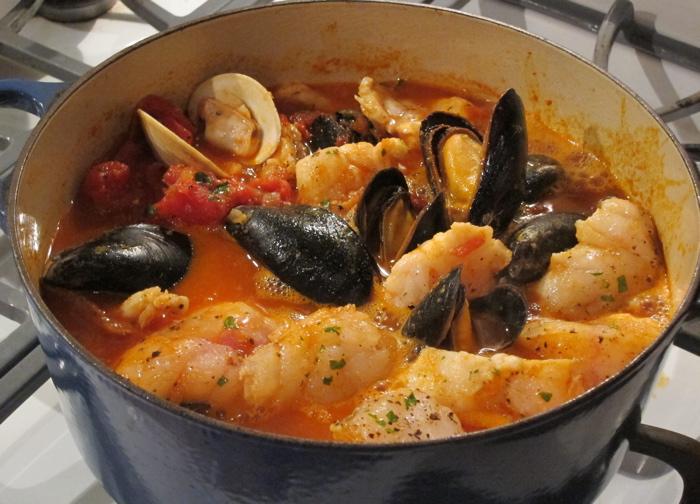 smoky monkfish mussels marinara mac s seafood wellfleet seafood restaurants retail